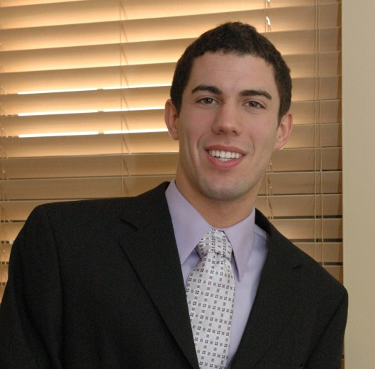 2008-2009 Pittsburgh Schweitzer Fellow Steven Zona was voted by his peers as of the American Pharmacists Association Academy of Student Pharmacists (APhA-ASP).